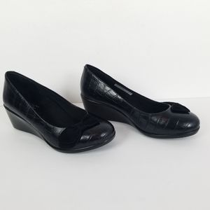 Vionic Lena Women's Wedge Black Croco 7